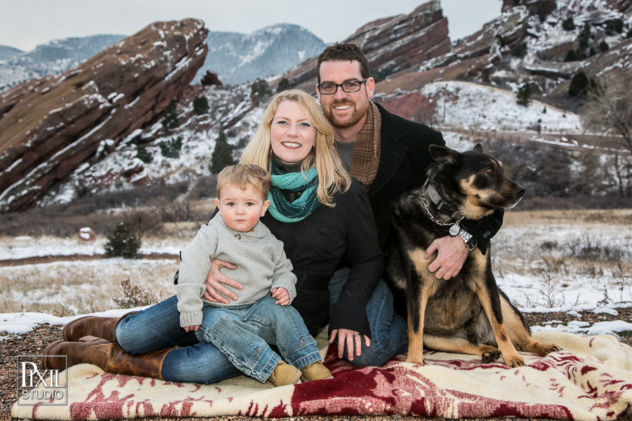 pixilstudio portraits winter red rocks