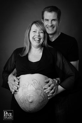 Maternity Photography at Pixil Studio Denver henna bump2