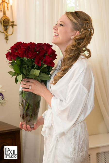 redroses bride